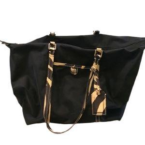 Dooney & Bourke Nylon Large Zebra Bag Diap…
